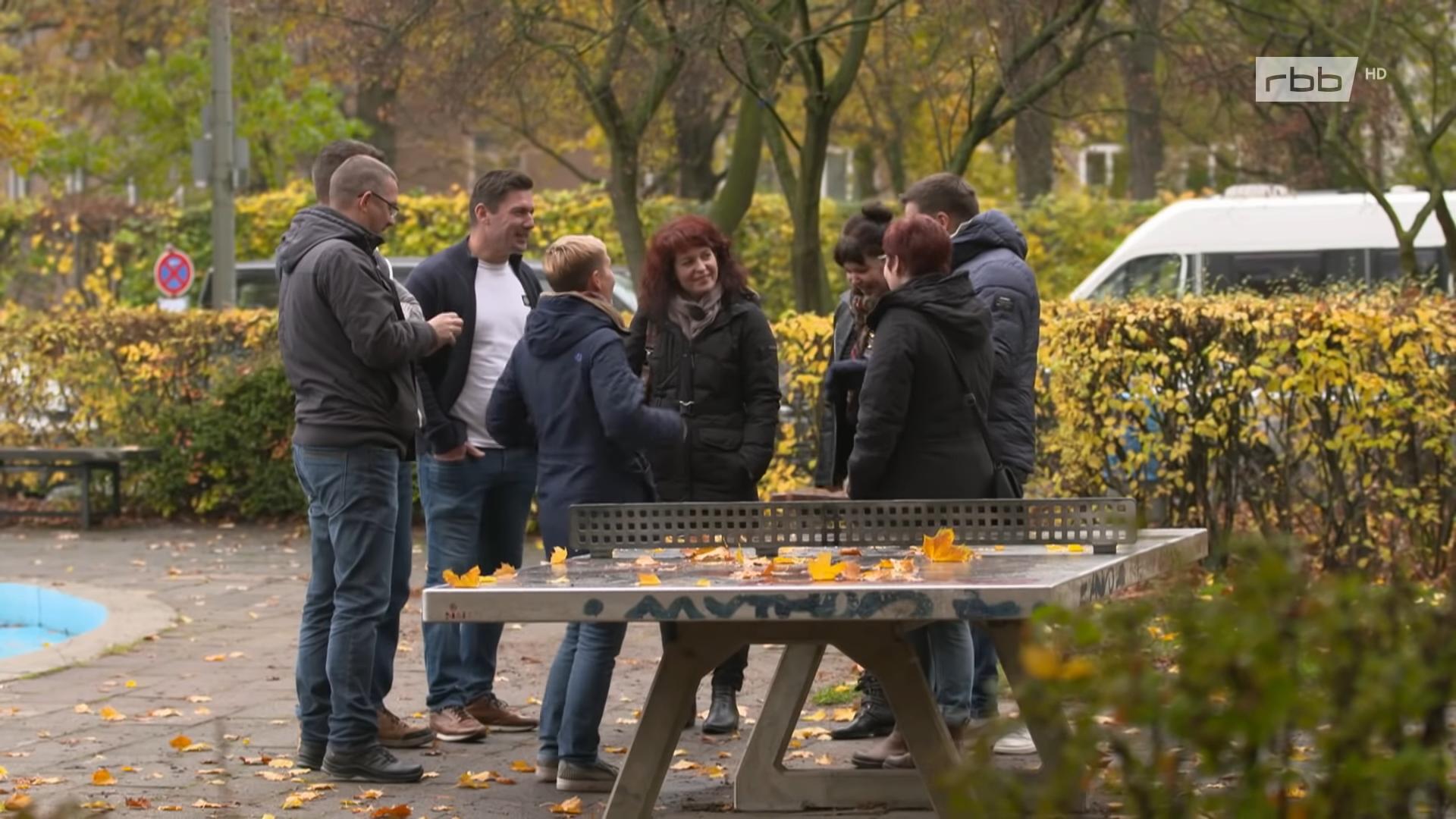 30 Jahre Mauerfall: Wir Wendekinder - Was wurde aus der Planschi-Clique?